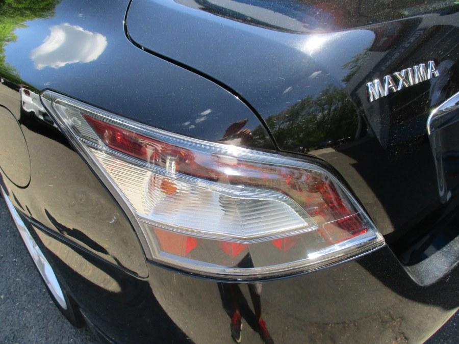 Used Nissan Maxima  2013   Cos Central Auto. Meriden, Connecticut