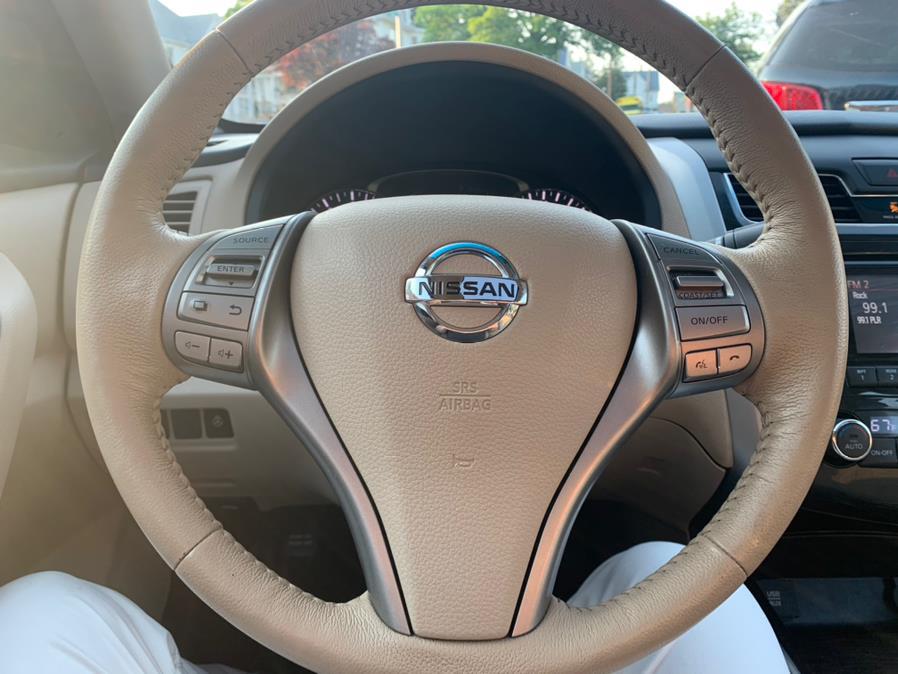 Used Nissan Altima 4dr Sdn I4 2.5 S 2015 | Central Auto Sales & Service. New Britain, Connecticut