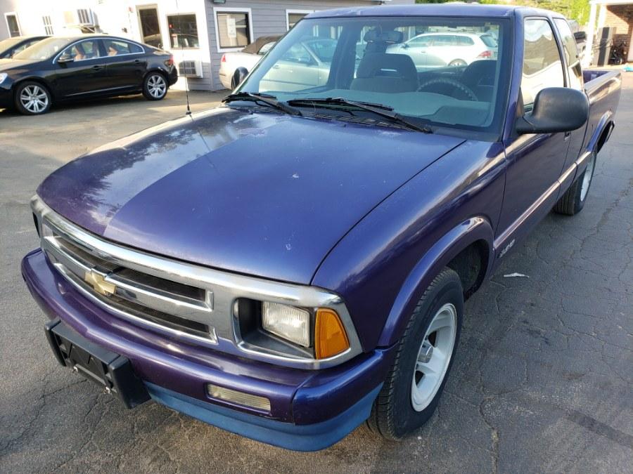 Used 1995 Chevrolet S-10 in Auburn, New Hampshire | ODA Auto Precision LLC. Auburn, New Hampshire