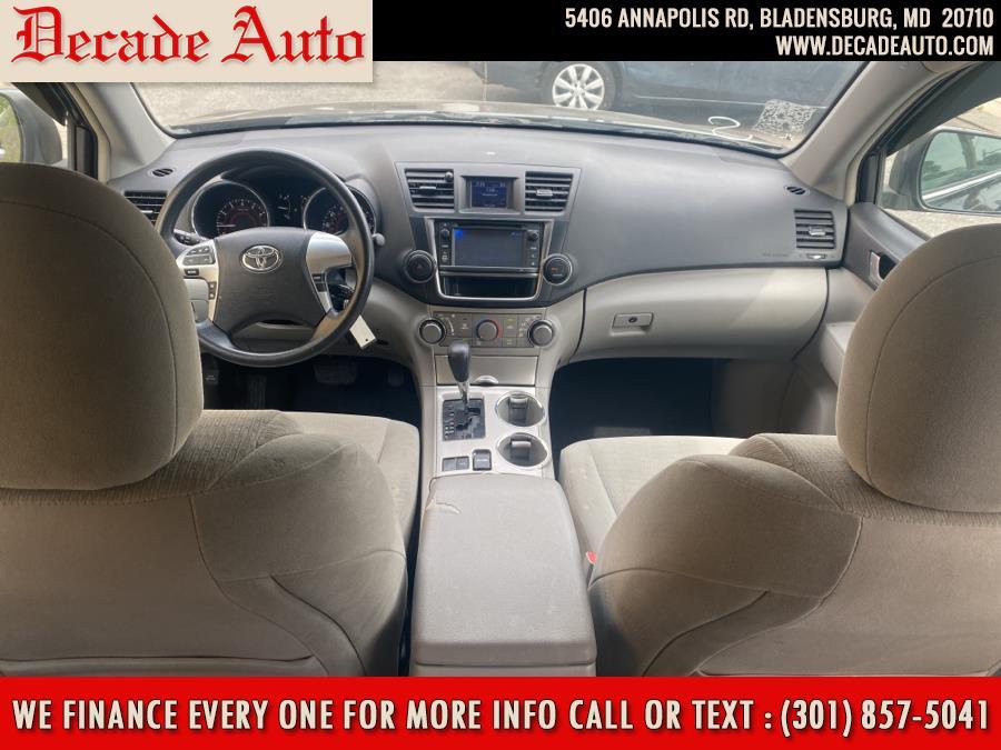 Used Toyota Highlander FWD 4dr V6 Plus (Natl) 2013 | Decade Auto. Bladensburg, Maryland
