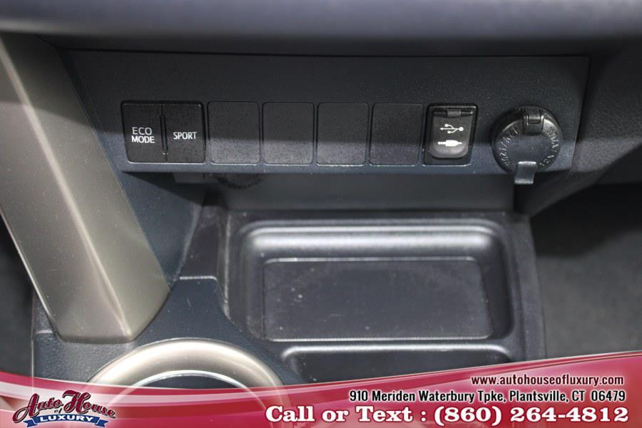 Used Toyota RAV4 AWD 4dr XLE (Natl) 2013   Auto House of Luxury. Plantsville, Connecticut
