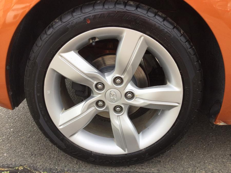 Used Hyundai Veloster 3dr Cpe Man w/Black Int 2012 | L&S Automotive LLC. Plantsville, Connecticut
