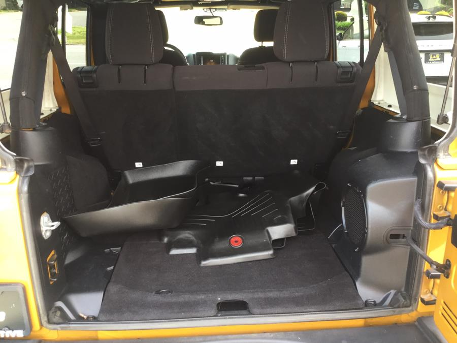 Used Jeep Wrangler Unlimited 4WD 4dr Sahara 2014 | L&S Automotive LLC. Plantsville, Connecticut