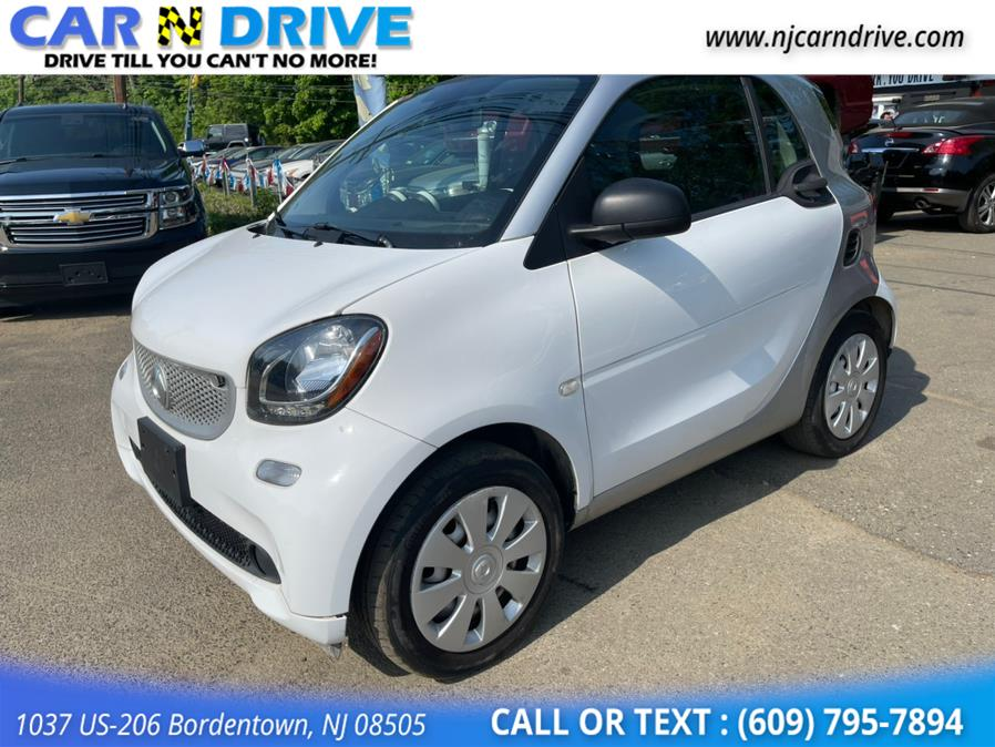 Used Smart Fortwo passion coupe 2016 | Car N Drive. Bordentown, New Jersey