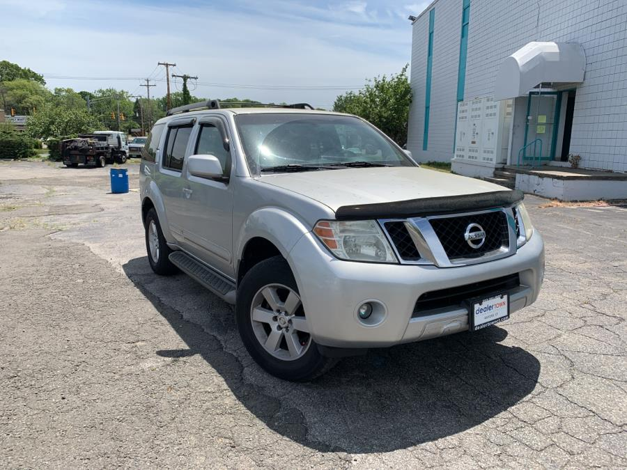 Used Nissan Pathfinder 4WD 4dr V6 S 2008   Dealertown Auto Wholesalers. Milford, Connecticut