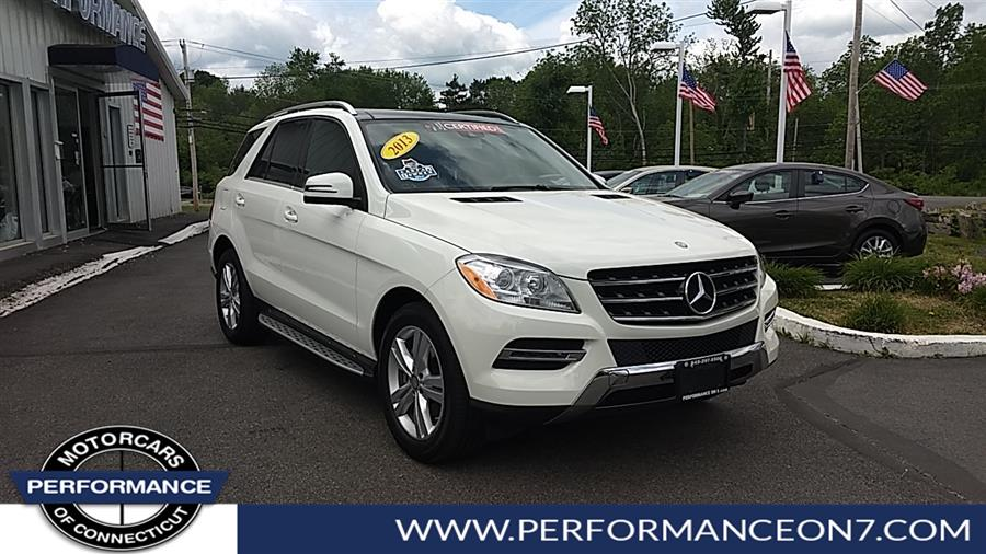 Used 2013 Mercedes-Benz M-Class in Wilton, Connecticut | Performance Motor Cars Of Connecticut LLC  . Wilton, Connecticut