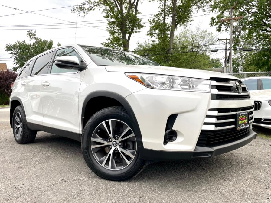 Used Toyota Highlander LE Plus V6 AWD (Natl) 2019 | Easy Credit of Jersey. South Hackensack, New Jersey