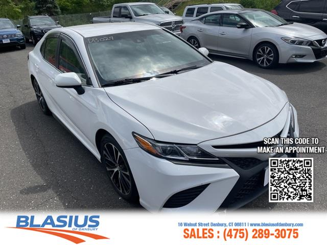 Used Toyota Camry SE 2018   Blasius Federal Road. Brookfield, Connecticut