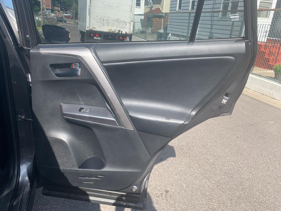 Used Toyota RAV4 XLE AWD (Natl) 2018 | Sylhet Motors Inc.. Jamaica, New York
