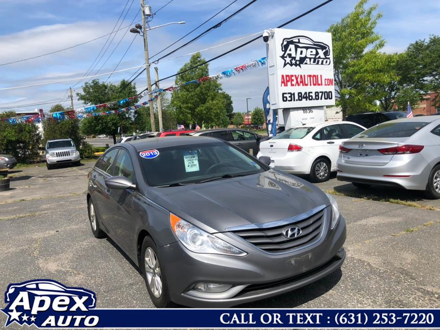 Used 2013 Hyundai Sonata in Selden, New York | Apex Auto. Selden, New York