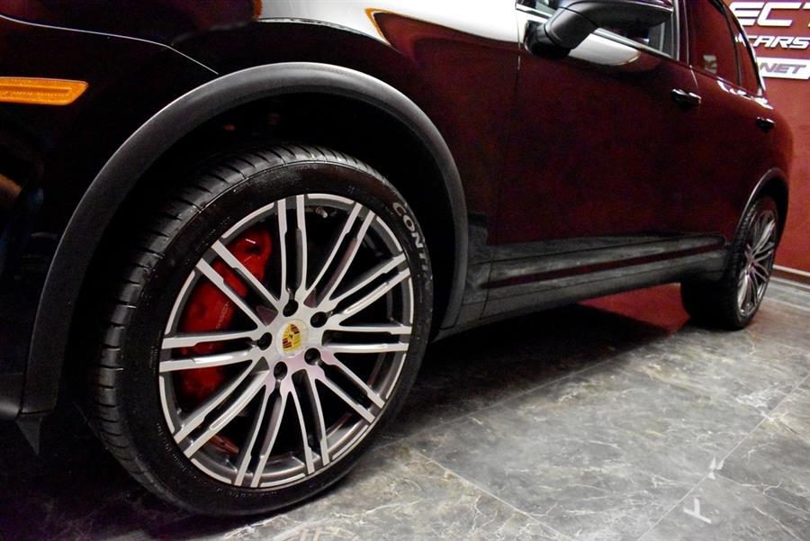 Used Porsche Cayenne Turbo 2016 | Select Motor Cars. Deer Park, New York