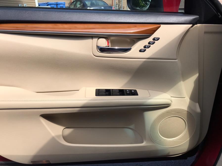 Used Lexus ES 300h 4dr Sdn Hybrid 2013   Good Guys Auto House. Southington, Connecticut