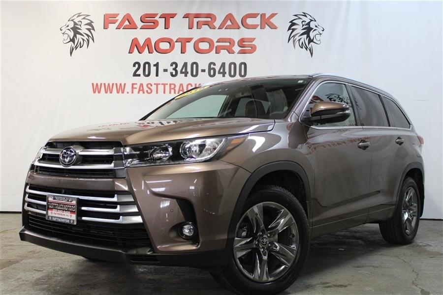 Used Toyota Highlander LIMITED 2019   Fast Track Motors. Paterson, New Jersey
