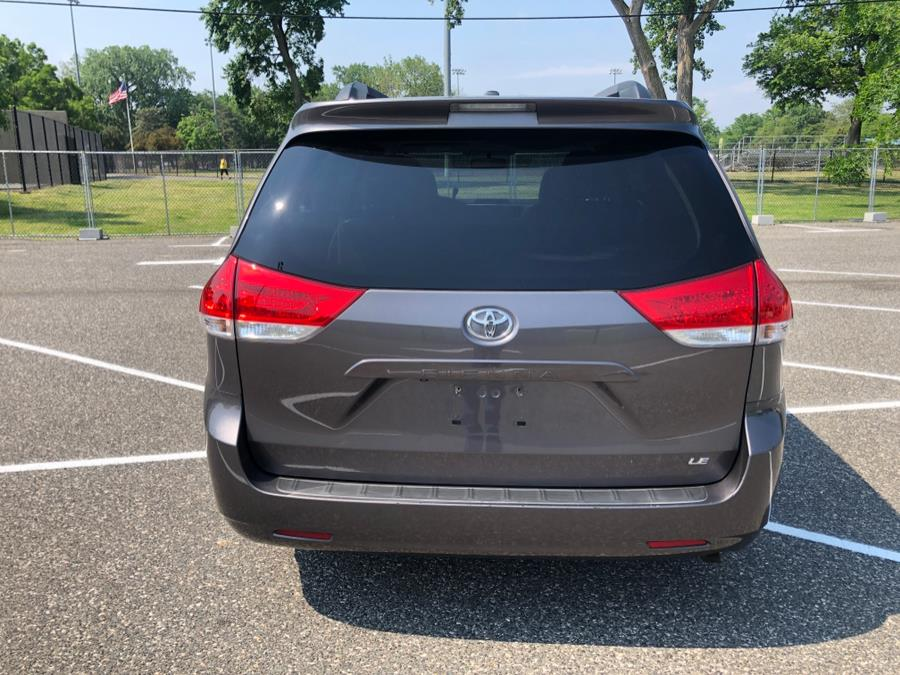 Used Toyota Sienna 5dr 8-Pass Van V6 LE FWD 2012   Cars With Deals. Lyndhurst, New Jersey
