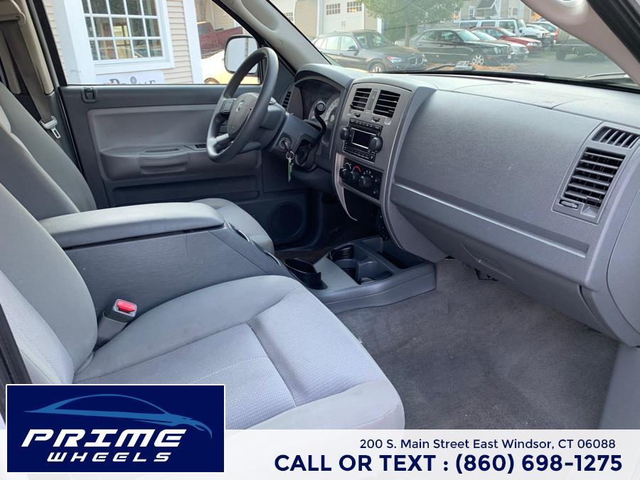 Used Dodge Dakota 4dr Quad Cab 131 4WD SLT 2006 | Prime Wheels. East Windsor, Connecticut