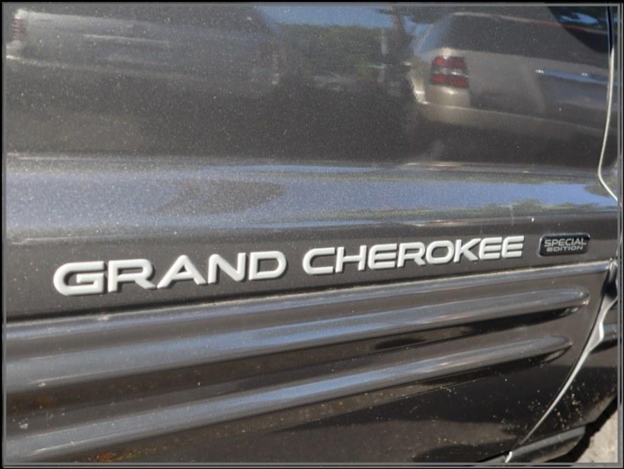 Used Jeep Grand Cherokee 4dr Laredo 4WD 2004   My Auto Inc.. Huntington Station, New York