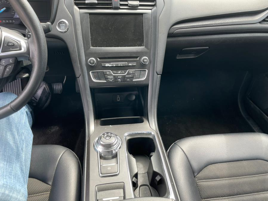 2018 Ford Fusion SE FWD, available for sale in Brooklyn, NY