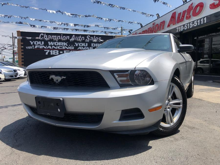 Used 2010 Ford Mustang in Bronx, New York | Champion Auto Sales. Bronx, New York
