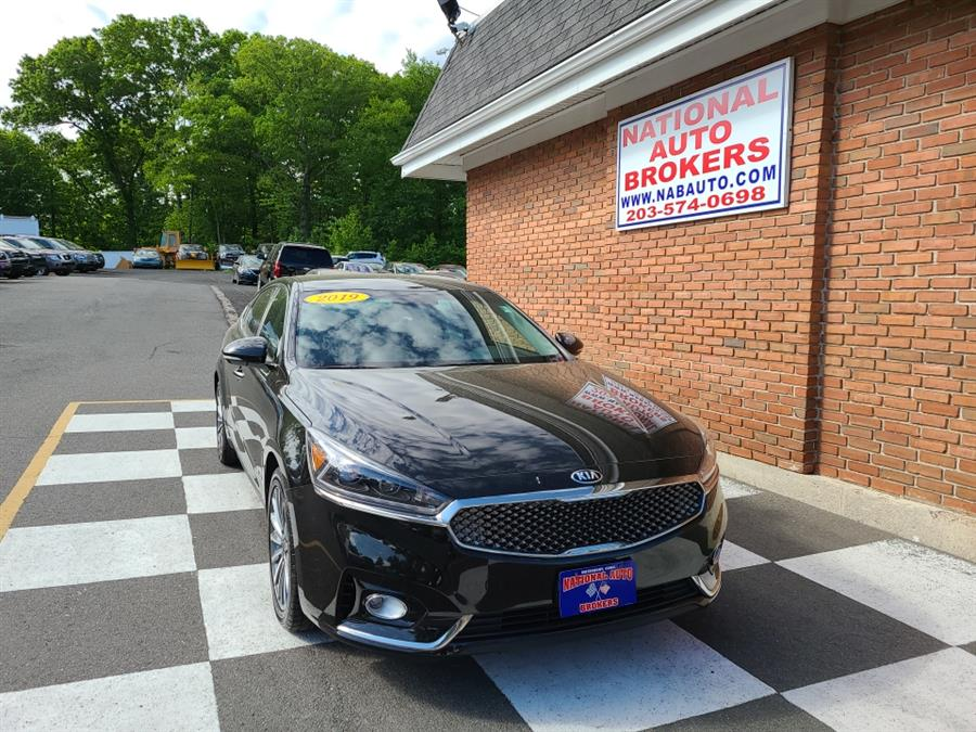Used Kia Cadenza Premium Sedan 2019 | National Auto Brokers, Inc.. Waterbury, Connecticut