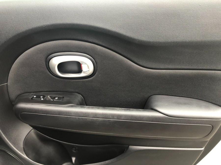 Used Kia Soul Plus 5dr Wgn Auto + 2014   Bristol Auto Center LLC. Bristol, Connecticut