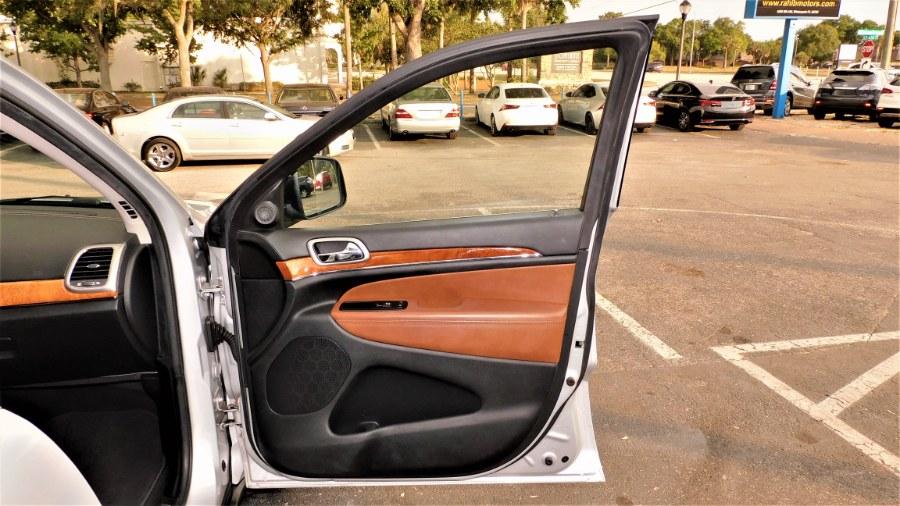 Used Jeep Grand Cherokee RWD 4dr Overland 2012 | Rahib Motors. Winter Park, Florida