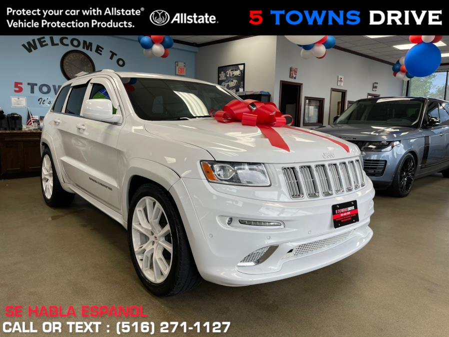 Used Jeep Grand Cherokee 4WD 4dr Laredo 2014 | 5 Towns Drive. Inwood, New York