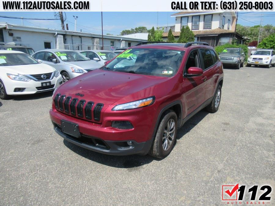 Used Jeep Cherokee 4WD 4dr Limited 2016   112 Auto Sales. Patchogue, New York