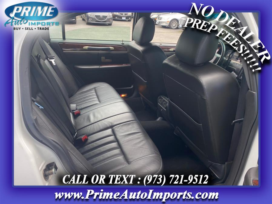 Used Lincoln Town Car 4dr Sdn Signature 2006 | Prime Auto Imports. Bloomingdale, New Jersey