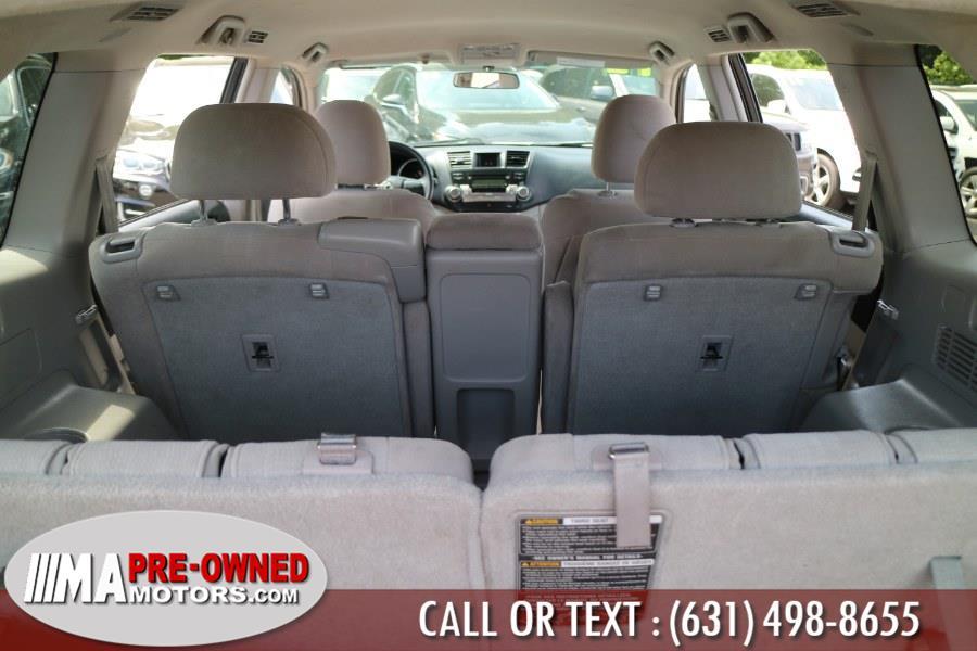 Used Toyota Highlander 4WD 4dr V6 (Natl) 2012   M & A Motors. Huntington, New York