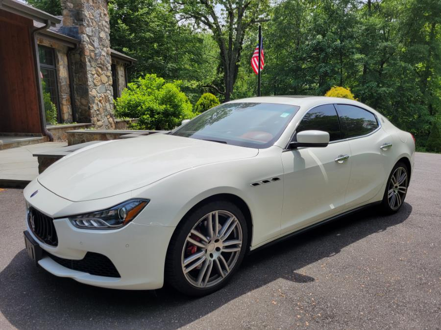 Used Maserati Ghibli 4dr Sdn S Q4 2016 | Center Motorsports LLC. Shelton, Connecticut