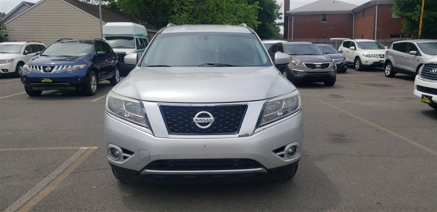 Used Nissan Pathfinder 2WD 4dr SL 2013 | Victoria Preowned Autos Inc. Little Ferry, New Jersey