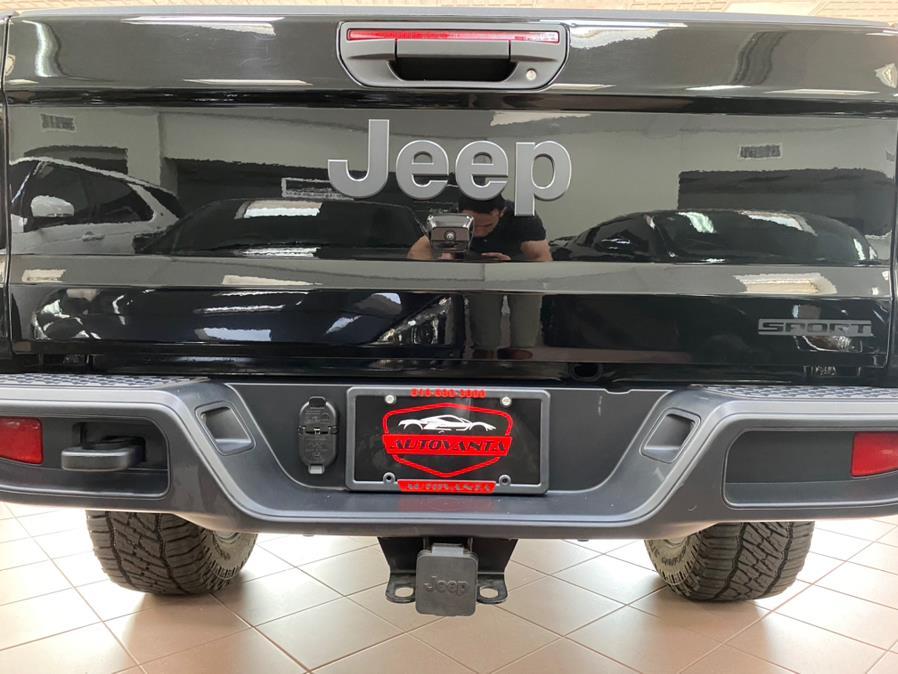 Used Jeep Gladiator Sport S 4x4 2020   POWER MOTORS EAST. Massapequa Park, New York