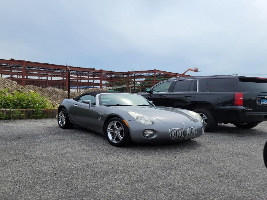 Used 2007 Pontiac Solstice in Shelton, Connecticut | Center Motorsports LLC. Shelton, Connecticut