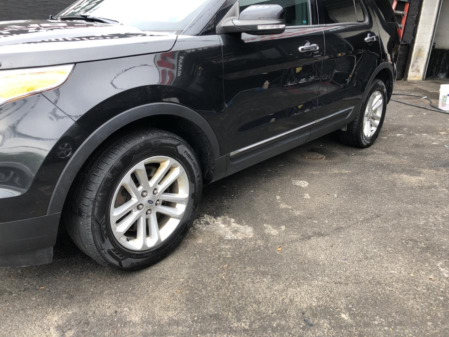 Used Ford Explorer 4WD 4dr XLT 2015 | Champion Auto Sales Of The Bronx. Bronx, New York
