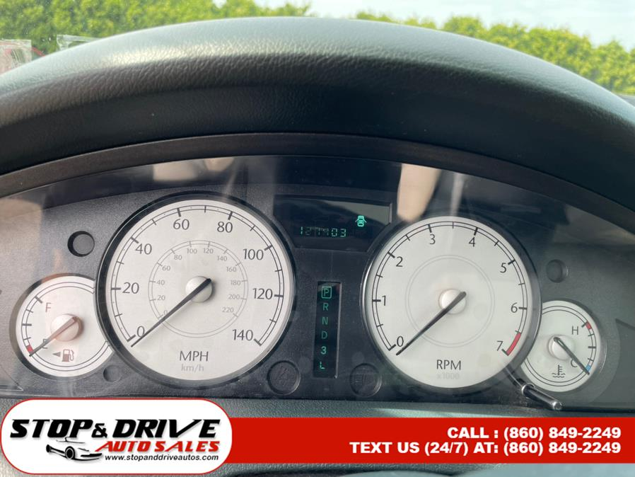 Used Chrysler 300 4dr Sdn 300 Touring 2006 | Stop & Drive Auto Sales. East Windsor, Connecticut