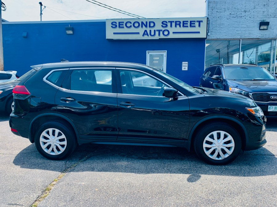 Used 2018 Nissan Rogue in Manchester, New Hampshire | Second Street Auto Sales Inc. Manchester, New Hampshire