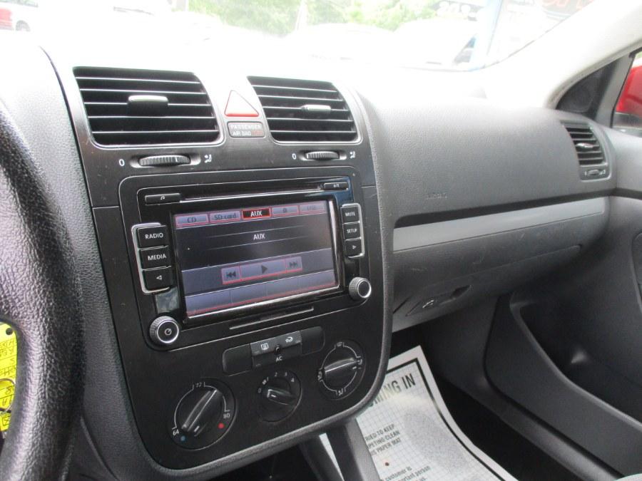 Used Volkswagen Jetta Sedan S 2008 | Cos Central Auto. Meriden, Connecticut