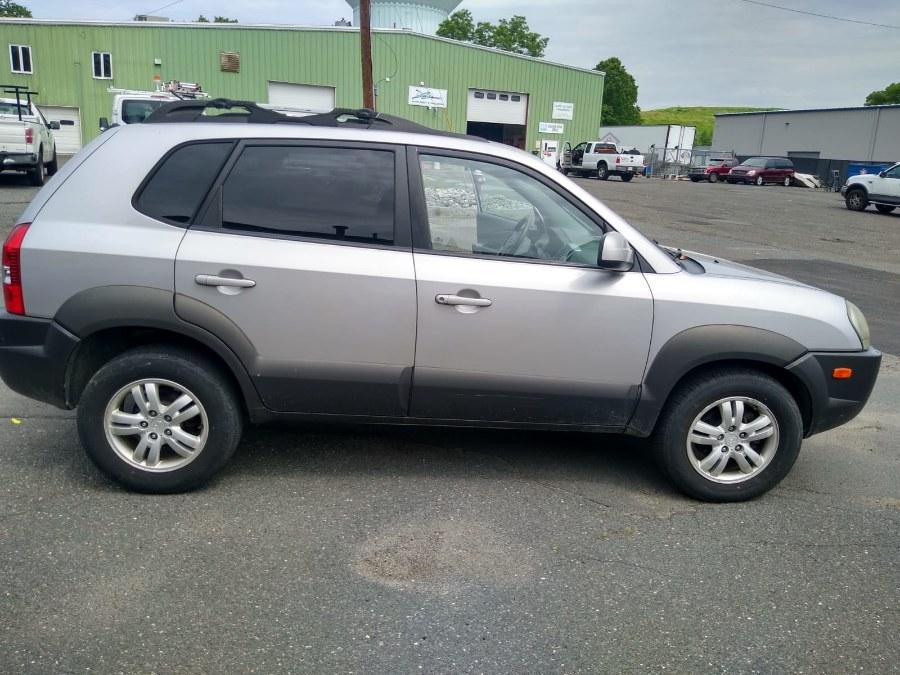 Used 2006 Hyundai Tucson in South Hadley, Massachusetts | Payless Auto Sale. South Hadley, Massachusetts