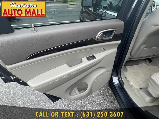 Used Jeep Grand Cherokee 4WD 4dr Laredo Altitude *Ltd Avail* 2013   Huntington Auto Mall. Huntington Station, New York