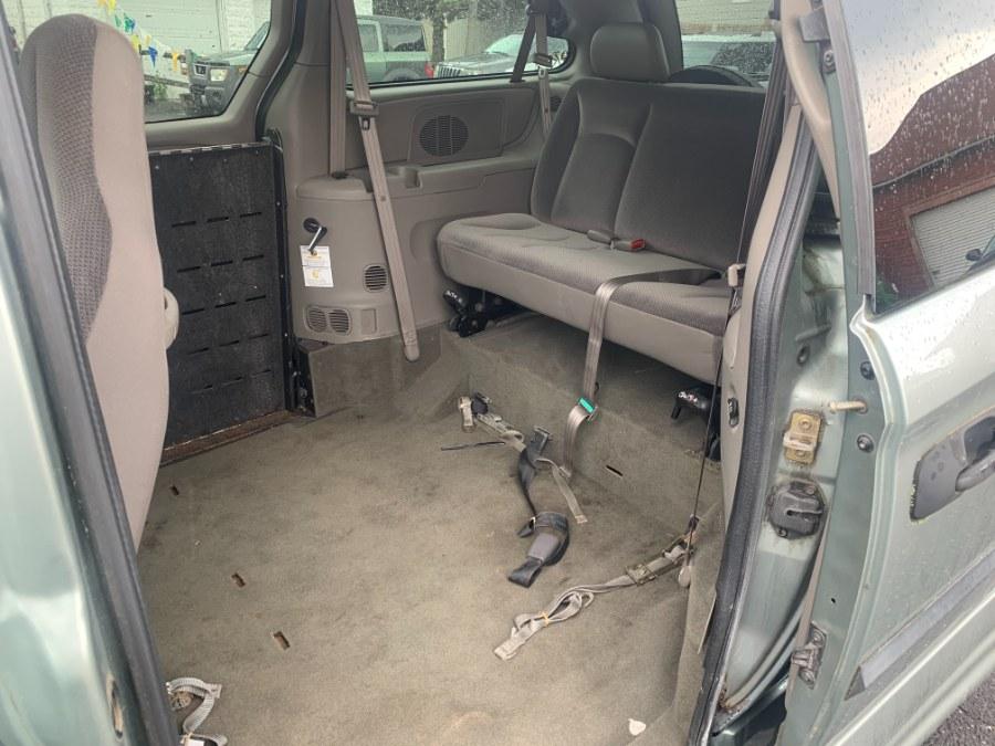 "Used Dodge Caravan 4dr Grand SE 119"" WB 2003   CT Car Co LLC. East Windsor, Connecticut"