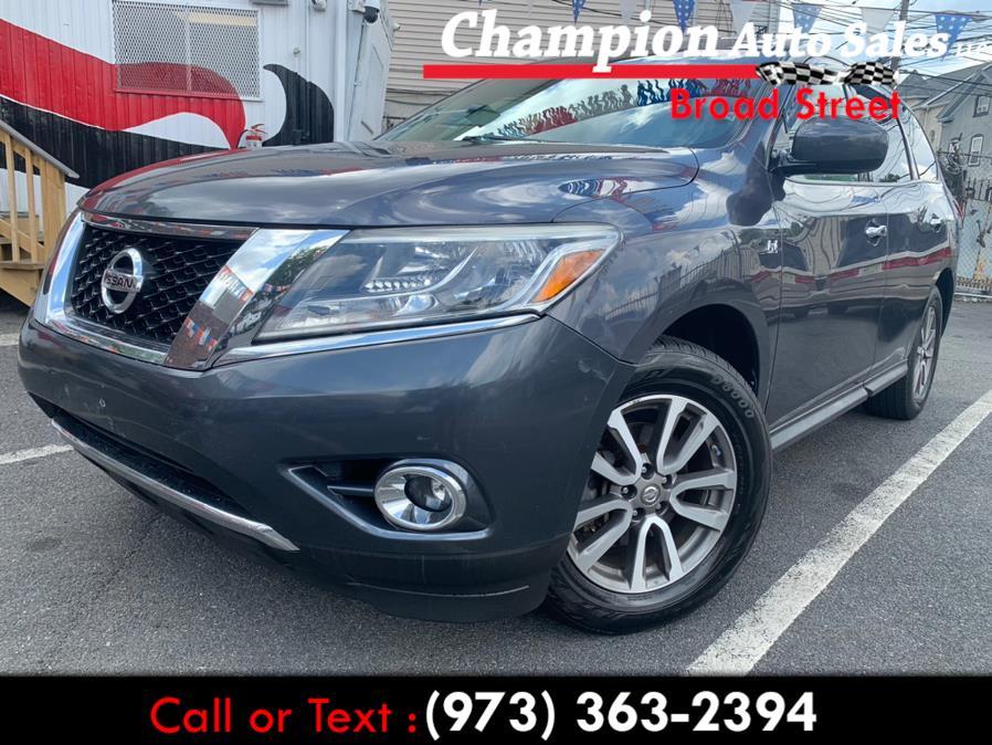 Used 2014 Nissan Pathfinder in Newark, New Jersey | Champion Auto Sales. Newark, New Jersey