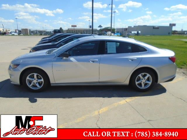 Used Chevrolet Malibu 4dr Sdn LS w/1LS 2017 | M C Auto Outlet Inc. Colby, Kansas