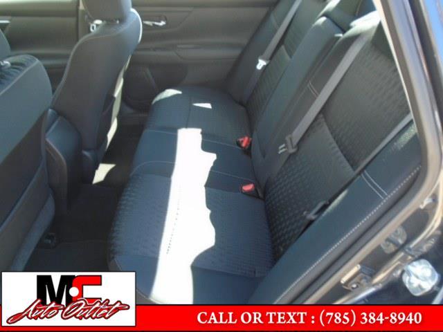Used Nissan Altima 2.5 S Sedan 2018 | M C Auto Outlet Inc. Colby, Kansas