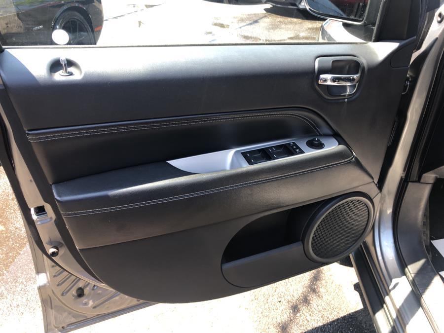 Used Jeep Compass 4WD 4dr Latitude 2014 | Champion Auto Sales. Bronx, New York