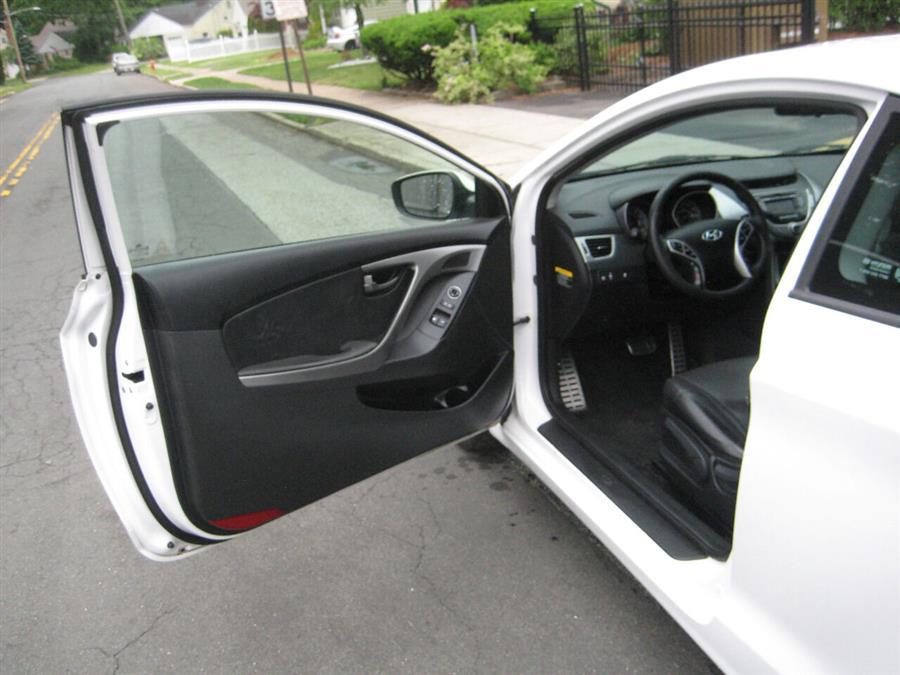 Used Hyundai Elantra Coupe SE 2dr Coupe 6A 2013   Rite Choice Auto Inc.. Massapequa, New York