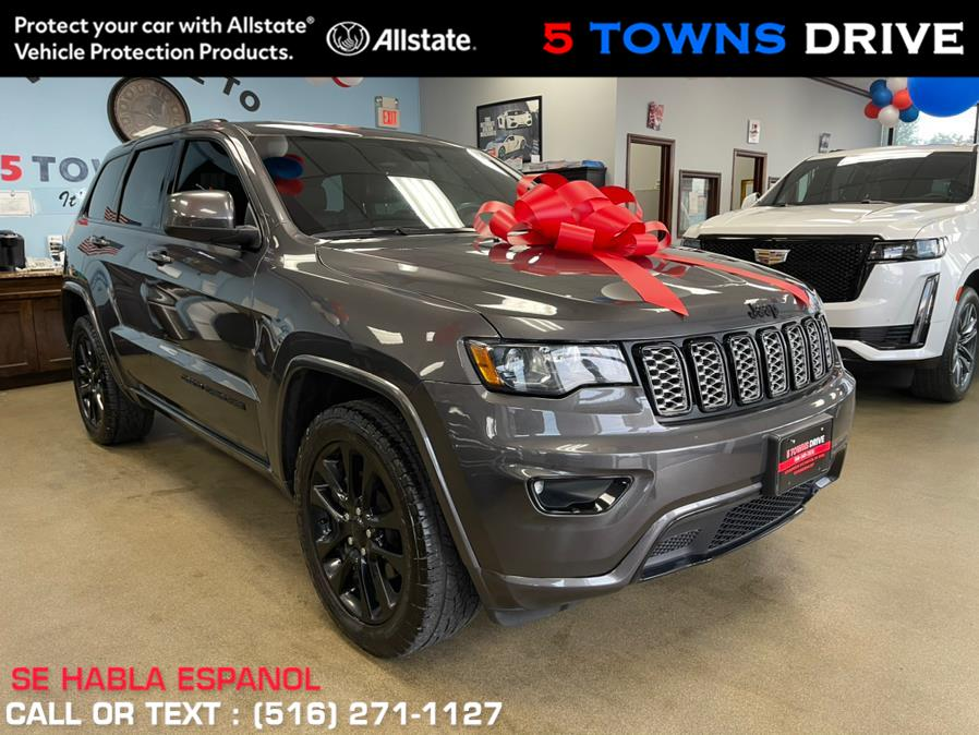 Used Jeep Grand Cherokee Altitude 4x4 2017 | 5 Towns Drive. Inwood, New York