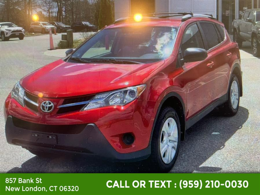 Used Toyota RAV4 AWD 4dr LE (Natl) 2015   McAvoy Inc dba Town Hill Auto. New London, Connecticut