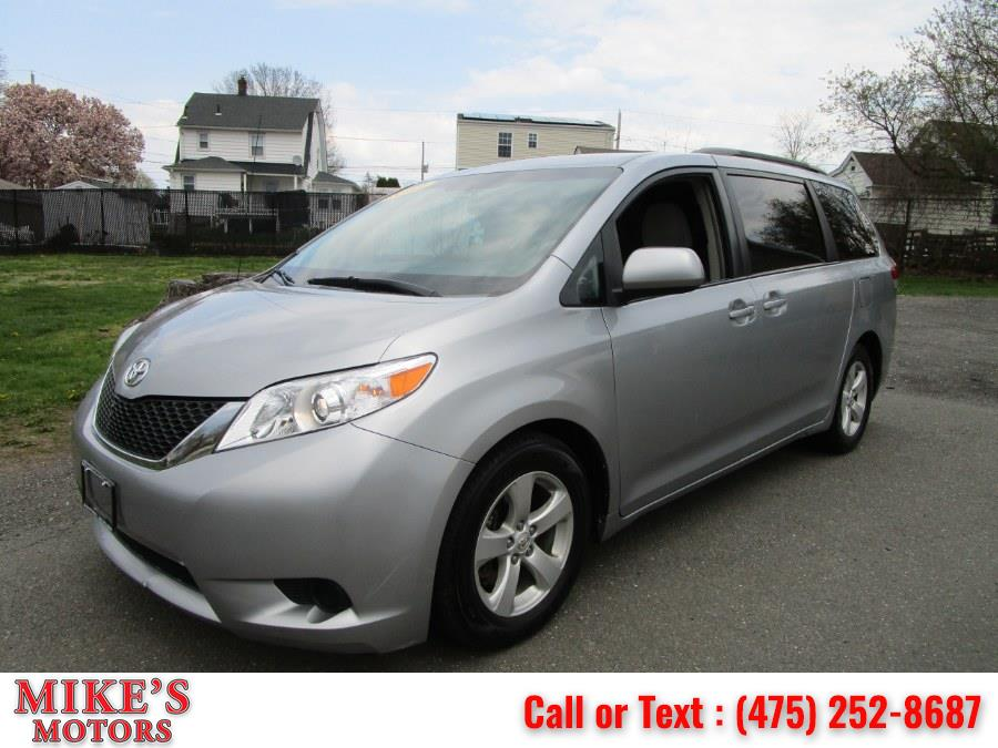 Used 2013 Toyota Sienna in Stratford, Connecticut | Mike's Motors LLC. Stratford, Connecticut