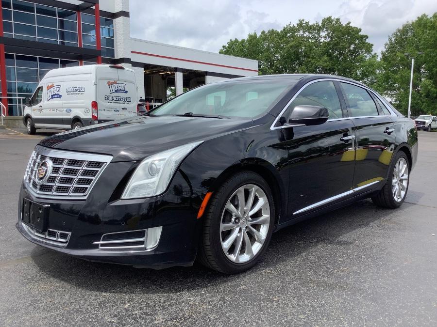 Used Cadillac XTS 4dr Sdn Luxury AWD 2014   Marsh Auto Sales LLC. Ortonville, Michigan