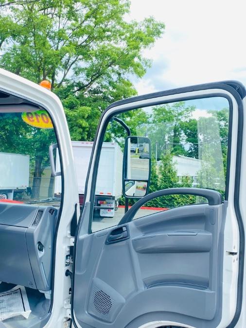 Used ISUZU NPR 16 FEET DRY BOX + LIFT GATE + NO CDL 2019 | NJ Truck Spot. South Amboy, New Jersey